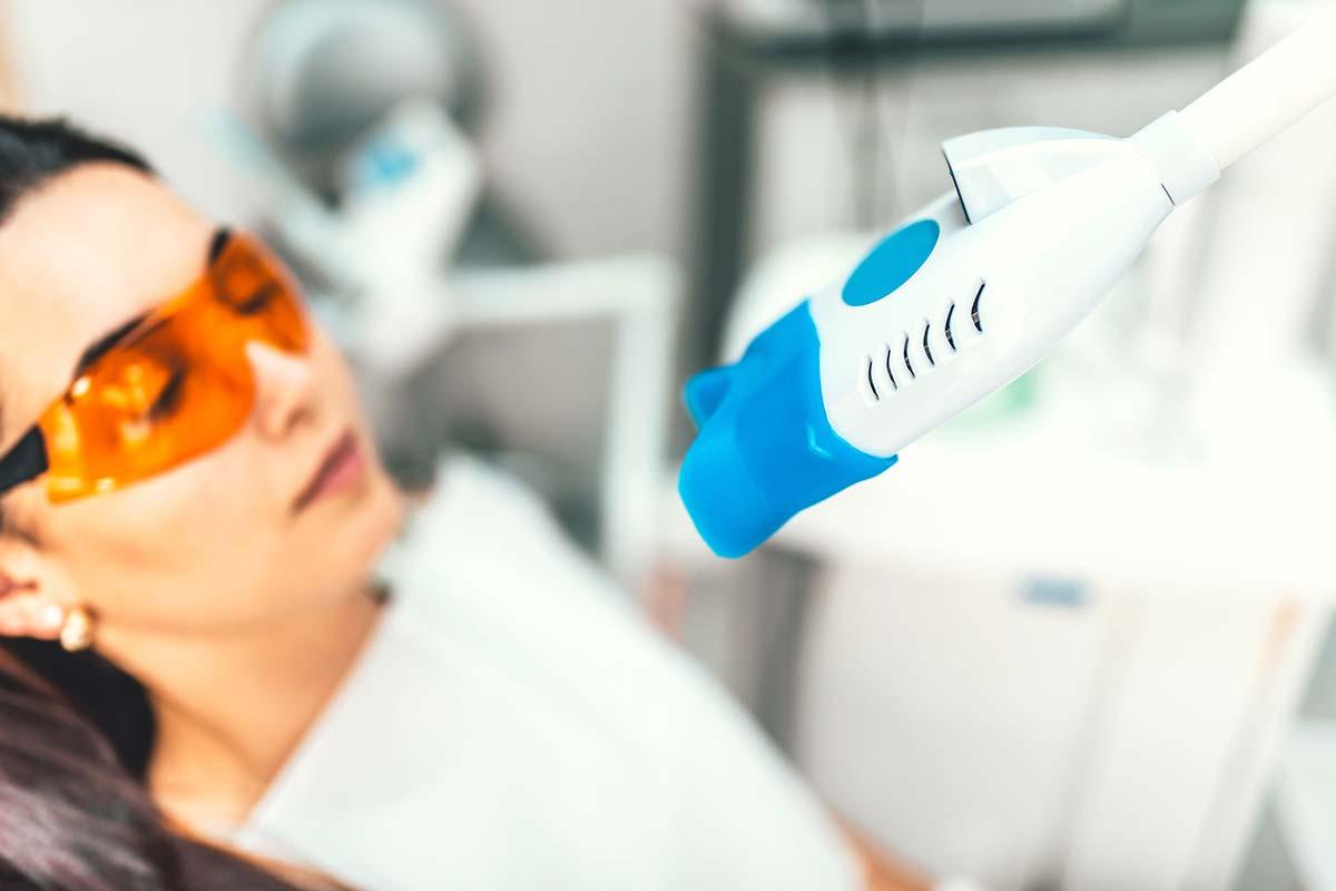 ¿Voy a tener sensibilidad dental si me hago un blanqueamiento?
